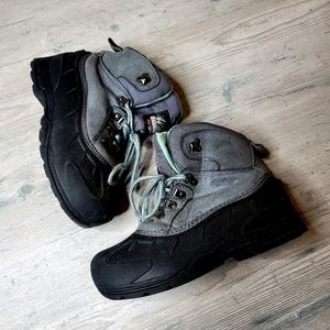 Itasca 3M Insulated Boots. Perfect Condition! Warm